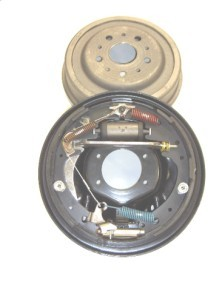 "9"" Ford rear drum brake package"